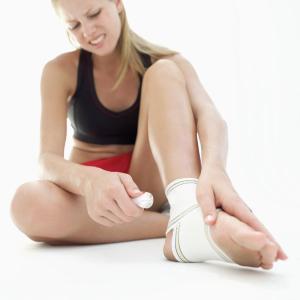 sprain-ankle
